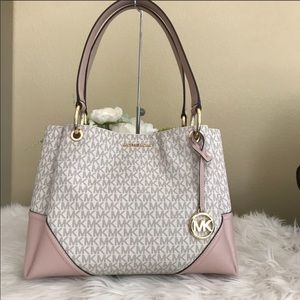 New Michael Kors large shoulder  Nicole tote